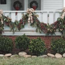 Christmas Decorations For Outside Deck by 230 Best Christmas Decorating Images On Pinterest Holiday Ideas
