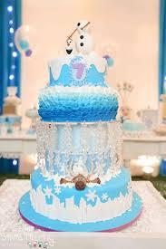 8 coolest frozen birthday cakes
