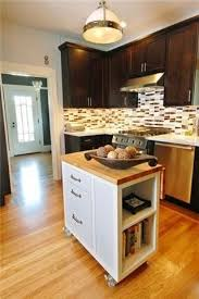 Small Kitchen Designs With Islands by Best 25 Small Kitchen Renovations Ideas On Pinterest Kitchen
