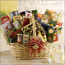 Food Gifts For Christmas Holiday Gift Baskets Gift Basket Gourmet Food Gift Basket
