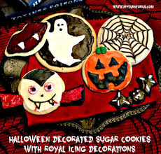 halloween decorated sugar cookies