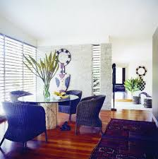 compact dining room interior design using contemporary themes