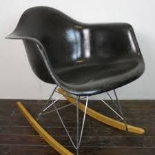 Rocking Chair Runners Eames Herman Miller Rar Rocking Chair In Black On Zinc Base With