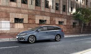 2015 toyota lineup 2015 toyota auris facelift shares new details about its engine