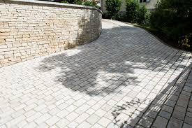 pas japonais en pierre naturelle maçonnerie de jardin dans le doubs duchesne jardins