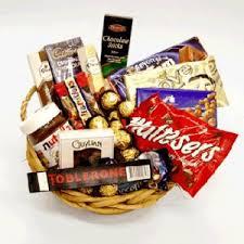 chocolate basket filgiftshop 15 items chocolate basket filgiftshop