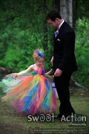 tie dye wedding dress alaska wedding photographers tie dye frenzy this is what lance