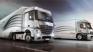mercedes truck and mercedes premieres aerodynamic truck and trailer