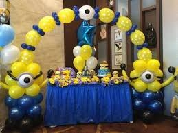 minion baby shower decorations despicable me balloon arch buscar con arches