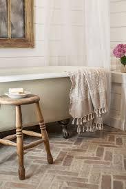 clawfoot tub bathroom designs 10 beautiful bathrooms with clawfoot tubs