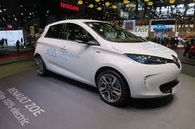 nissan renault new renault zoe paves the way for longer range nissan leaf motor