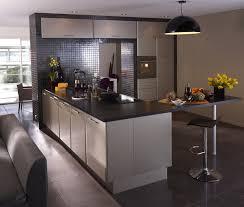cuisine beige et gris les 33 meilleures images du tableau notre cuisine sur