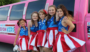 kids usa usa freedom kids who performed for caign rally now suing