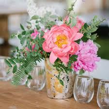 bud vase garland wedding flower arrangements shopping list weddingwire