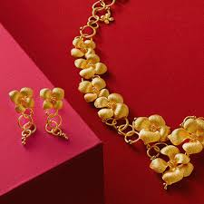 wedding gold set and contemporary jewelry diamonds and rings chow sang sang