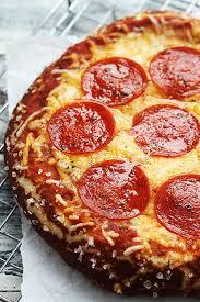 pretzel delivery best 25 pretzel crust pizza ideas on pretzel pizza