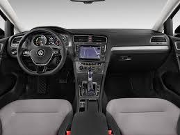 volkswagen dashboard image 2015 volkswagen e golf 4 door hb sel premium dashboard