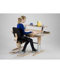bureau evolutif bureau enfant réglable et évolutif moizi17 ergonomie à notre