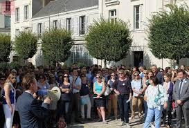 chambre des notaires angers angers les notaires en colère manifestent devat la préfecture à
