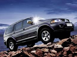 pajero sport mitsubishi 2011 mitsubishi pajero sport u2013 pictures information and specs