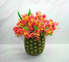 Flower Arrangements In Vases Diy Pineapple Vase Floral Arrangement
