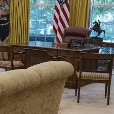 trump oval office redecoration why does it matter where trump puts his chairs the atlantic