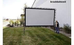 Backyard Projector Screen by Large Outdoor Projector Screen Big Huge Movie Theater Projection
