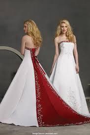 brautkleider rot weiãÿ auf dem laufenden hochzeitskleider rot weiß inspirationsideen