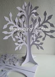 the family tree basically a wooden free standing 3d tree which