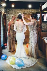 Rustic Barn Wedding Dresses A Glamorous Gatsby Inspired Rustic Barn Wedding With A Tadashi