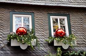 Christmas Window Decorations by Holiday Window Decoration Ideas U2014 Wallside Windows