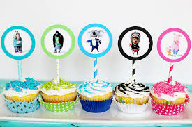 cupcake toppers sing diy cupcake toppers sugar bee crafts