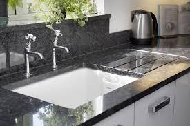 arbeitsplatte küche granit granit arbeitsplatten kchenarbeitsplatten arbeitsplatte küche