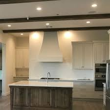 kitchen paint colors with oak cabinets 10 best kitchen paint colors