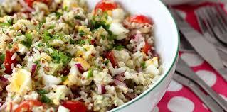 cuisine salade de riz salade de riz quinoa feta et avocat recette sur cuisine actuelle