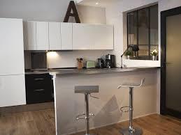 cuisine ouverte sur salon surface cuisine 15 cuisines de surface pour faire le plein
