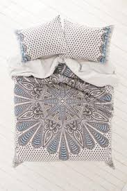 magical thinking farah medallion duvet from urban outfitters