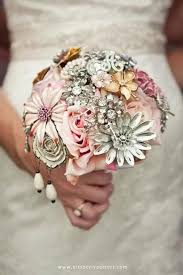 brooch bouquet tutorial 20 chic brooch wedding bouquets with diy tutorial deer pearl