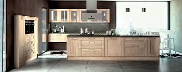 cuisine contemporaine en bois point tendance la cuisine moderne en bois poalgi
