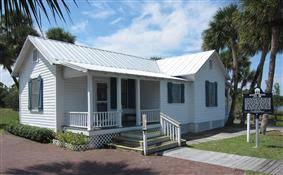 Florida Cracker Style House Plans Florida Style Homes Blend Elegance Contemporary Chic And Comfort