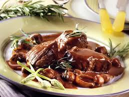 cuisine au vin rosé recette la joue de bœuf braisée au vin de pays accompagnée de