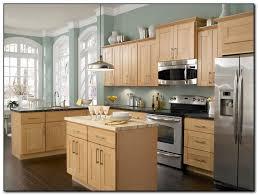 Oak Kitchen Cabinets And Wall Color Light Oak Kitchen Cabinets Green Kitchen Cabinets