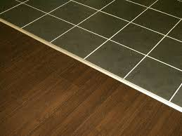 sol stratifié pour cuisine sol vinyl pour cuisine idées de design suezl com