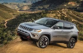 jeep renegade stance to success u2014 jeep u0027s new 2017 compass