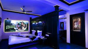 best hostels in munnar luxury resorts in kerala