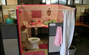 bathroom prank ideas 40 hilarious office pranks that will make you so glad you don t
