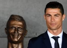 Cristiano Ronaldo Meme - internet turns cristiano ronaldo statue fail into a hilarious meme