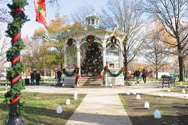 medina sets the stage for the 32nd annual candlelight walk nov 18