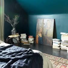 ambiance chambre 1001 idées pour une chambre bleu canard pétrole et paon sublime