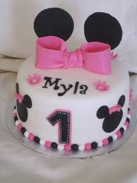 minnie mouse birthday cakes cakes or something like that minnie mouse 1st birthday cake